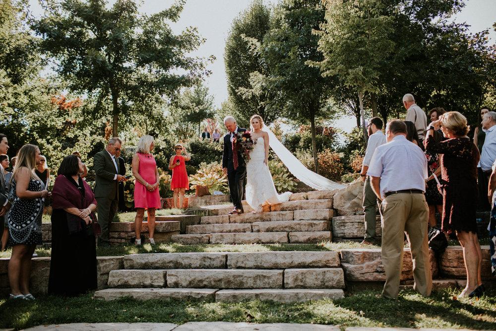 Wooster ohio wedding photographer grace e jones barn weddin venue 128.jpg