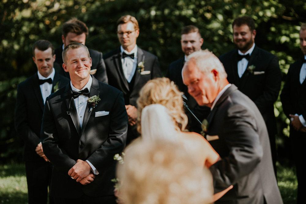 Wooster ohio wedding photographer grace e jones barn weddin venue 107.jpg