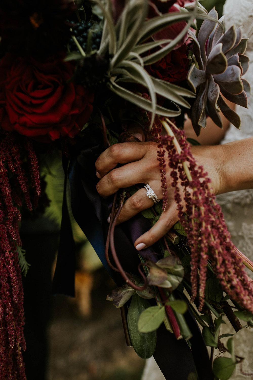 Wooster ohio wedding photographer grace e jones barn weddin venue 33.jpg