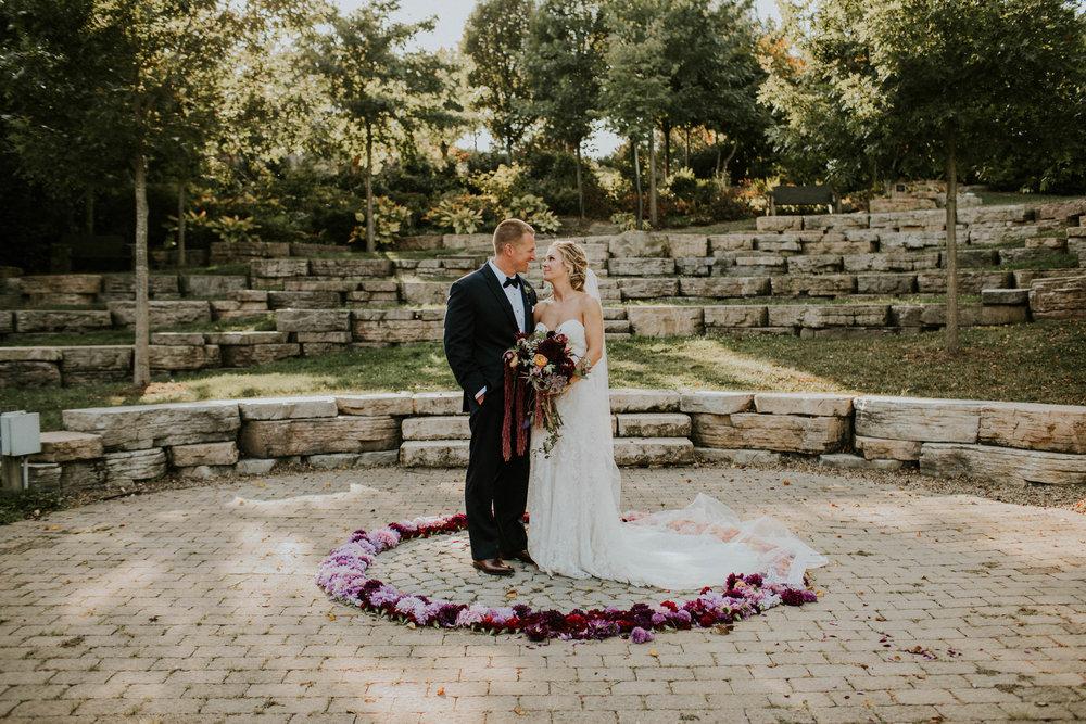 Wooster ohio wedding photographer grace e jones barn weddin venue 39.jpg