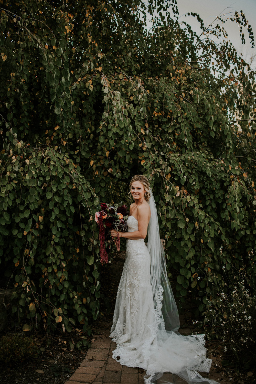 Wooster ohio wedding photographer grace e jones barn weddin venue 50.jpg