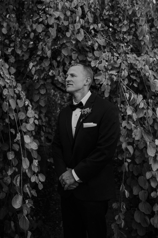 Wooster ohio wedding photographer grace e jones barn weddin venue 55.jpg