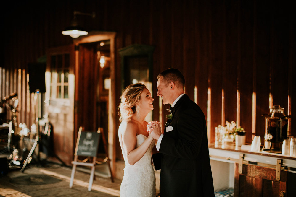 Wooster ohio wedding photographer grace e jones barn weddin venue 142.jpg