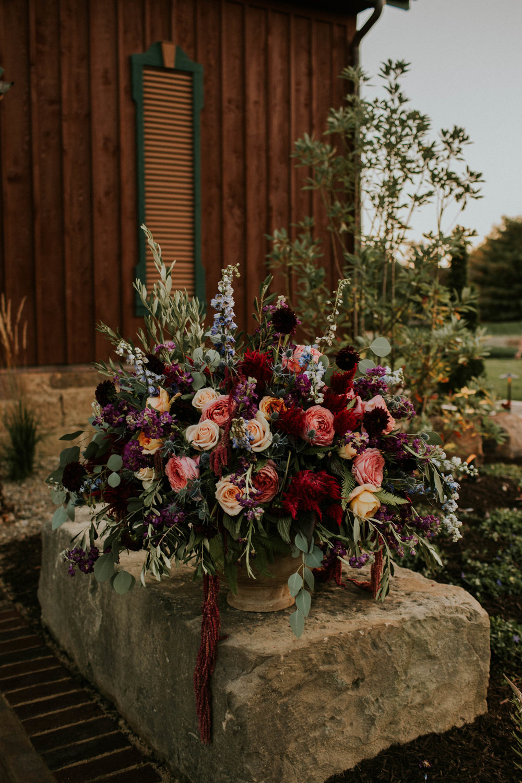 Wooster ohio wedding photographer grace e jones barn weddin venue 170.jpg