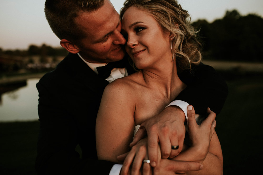 Wooster ohio wedding photographer grace e jones barn weddin venue 66.jpg