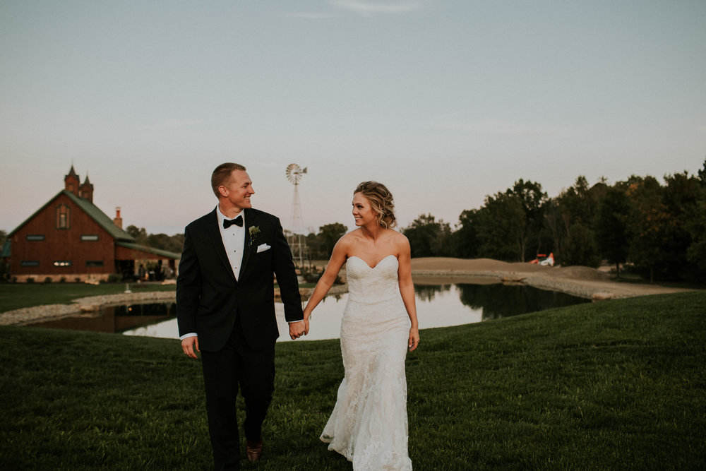 Wooster ohio wedding photographer grace e jones barn weddin venue 72.jpg