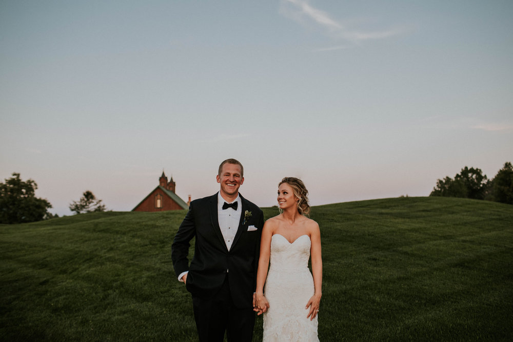 Wooster ohio wedding photographer grace e jones barn weddin venue 87.jpg
