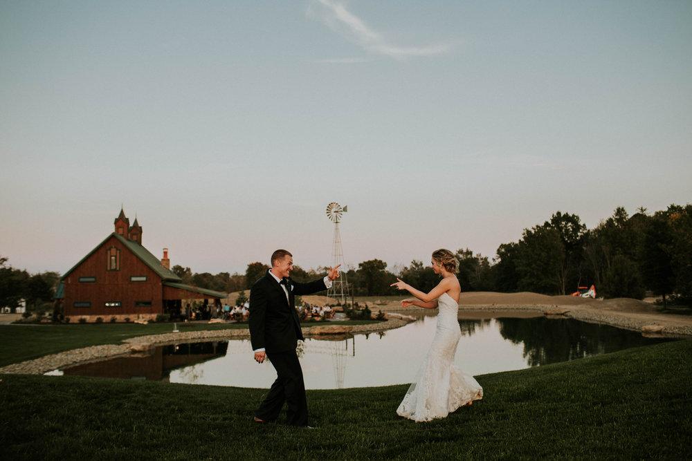 Wooster ohio wedding photographer grace e jones barn weddin venue 71.jpg