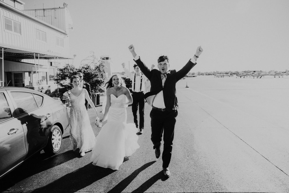 Louisville+Executive+Aviation+Louisville+Kentucky+Wedding+Photography+Grace+E+Jones+Photography-2.jpeg