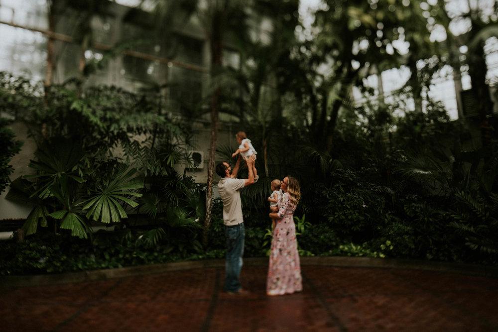 Franklin+park+conservatory+family+session+grace+e+jones+photography+Columbus+Ohio-3.jpeg