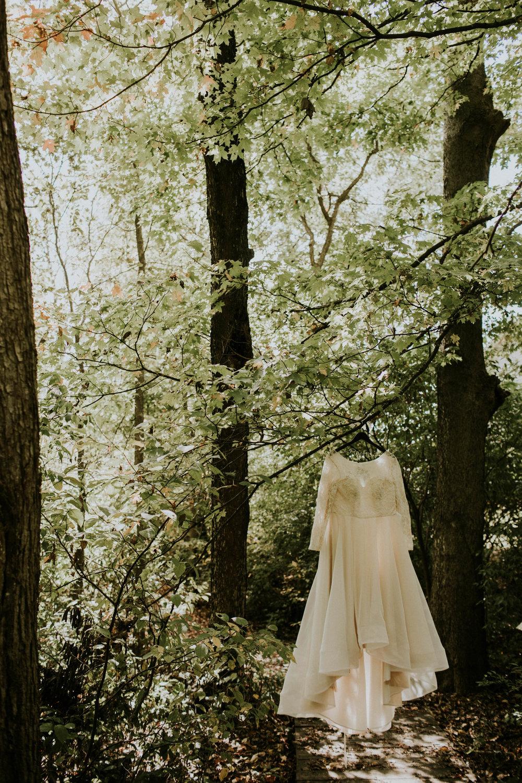 Lord of the rings inspired wedding grace e jones columbus ohio wedding photographer 34.jpg