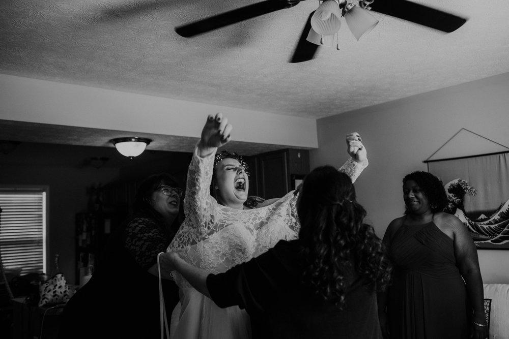 Lord of the rings inspired wedding grace e jones columbus ohio wedding photographer 16.jpg