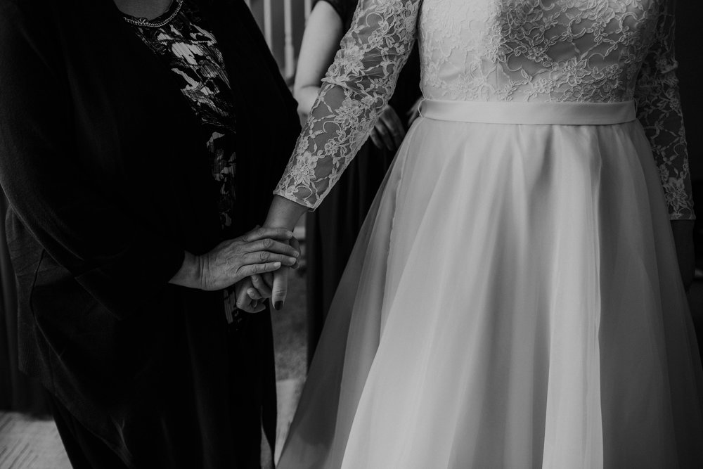 Lord of the rings inspired wedding grace e jones columbus ohio wedding photographer 24.jpg