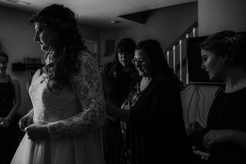 Lord of the rings inspired wedding grace e jones columbus ohio wedding photographer 22.jpg