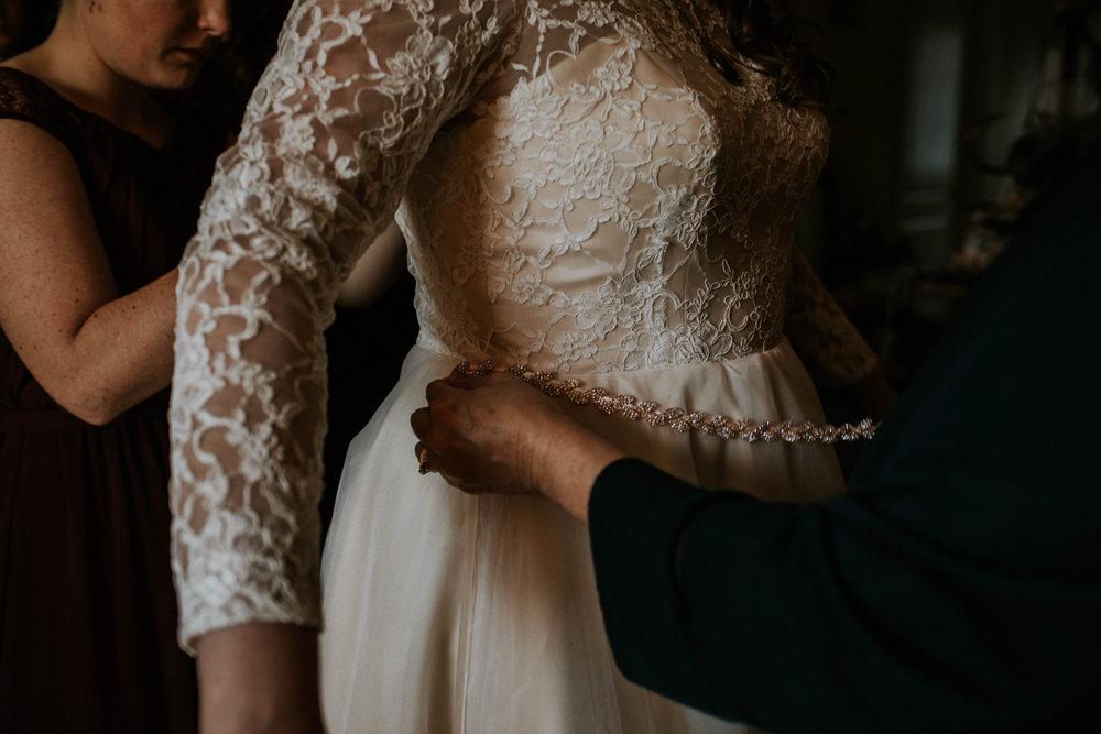 Lord of the rings inspired wedding grace e jones columbus ohio wedding photographer 29.jpg
