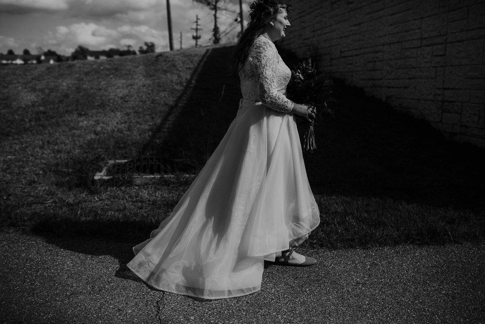 Lord of the rings inspired wedding grace e jones columbus ohio wedding photographer 45.jpg