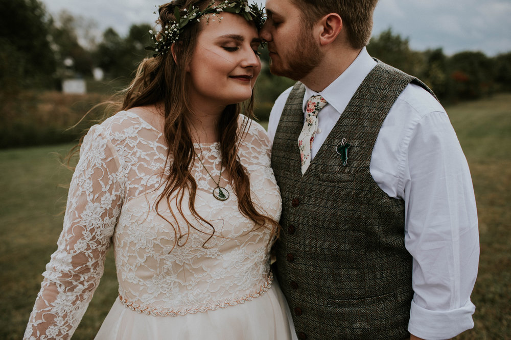 Lord of the rings inspired wedding grace e jones columbus ohio wedding photographer 63.jpg