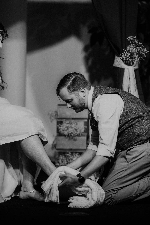 Lord of the rings inspired wedding grace e jones columbus ohio wedding photographer 137.jpg