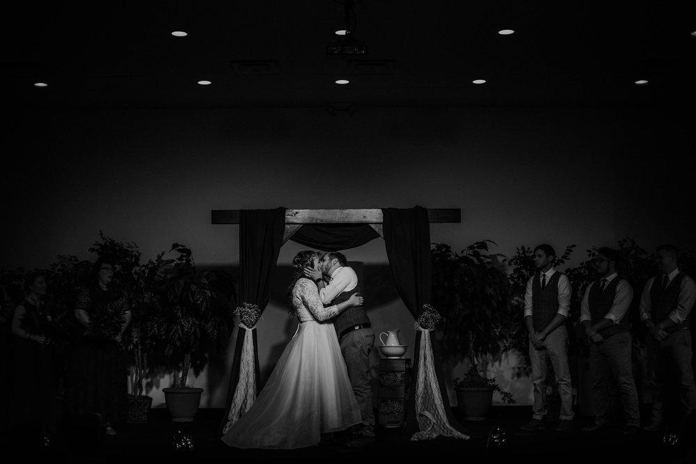 Lord of the rings inspired wedding grace e jones columbus ohio wedding photographer 140.jpg