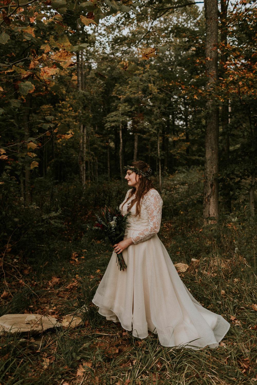 Lord of the rings inspired wedding grace e jones columbus ohio wedding photographer 91.jpg