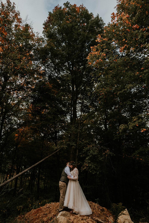 Lord of the rings inspired wedding grace e jones columbus ohio wedding photographer 120.jpg