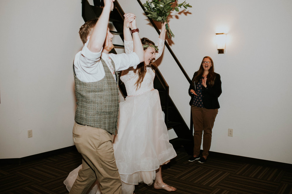 Lord of the rings inspired wedding grace e jones columbus ohio wedding photographer 148.jpg