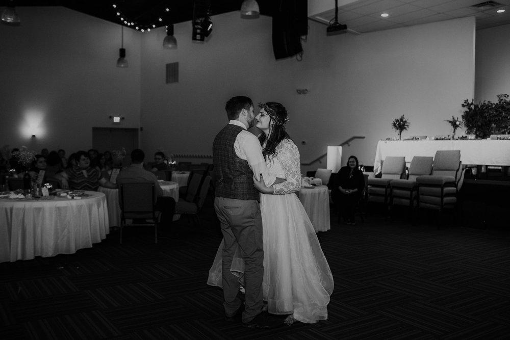 Lord of the rings inspired wedding grace e jones columbus ohio wedding photographer 151.jpg