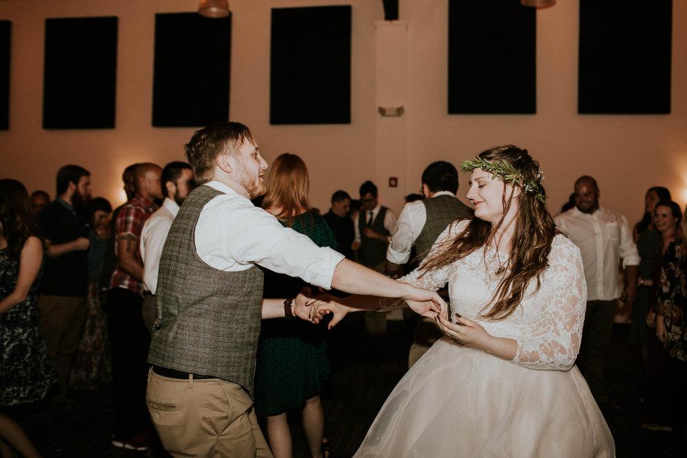 Lord of the rings inspired wedding grace e jones columbus ohio wedding photographer 152.jpg