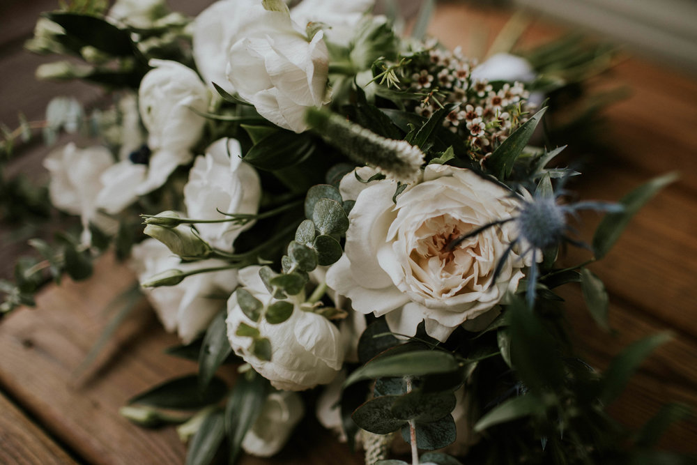 Intimate woodsy wedding ohio wedding photographer grace e jones photography171.jpg