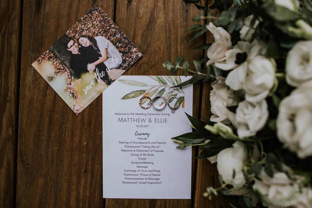 Intimate woodsy wedding ohio wedding photographer grace e jones photography175.jpg