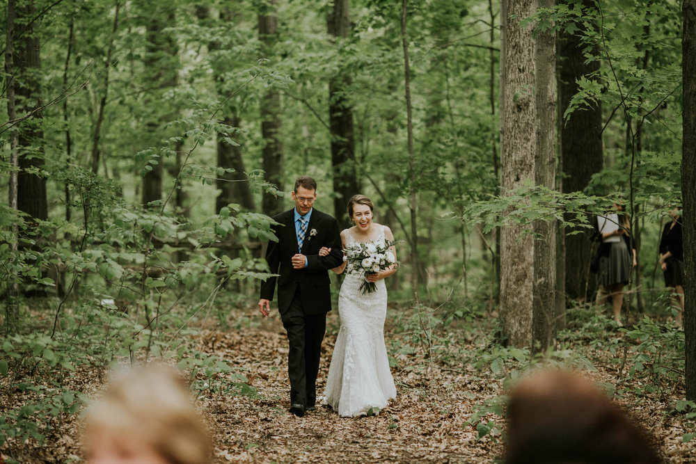 Intimate woodsy wedding ohio wedding photographer grace e jones photography21.jpg