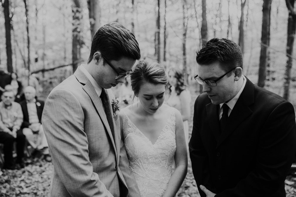 Intimate woodsy wedding ohio wedding photographer grace e jones photography65.jpg
