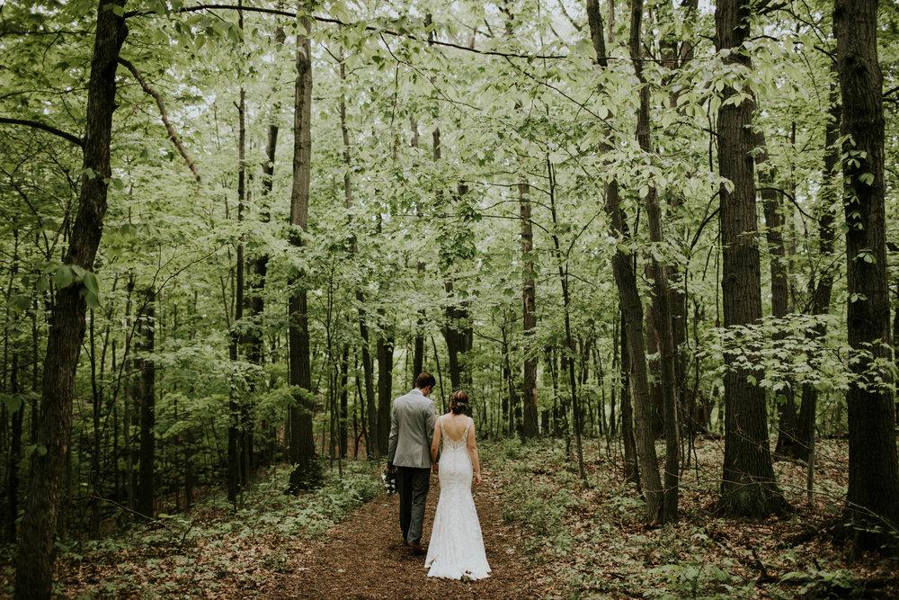 Intimate woodsy wedding ohio wedding photographer grace e jones photography85.jpg