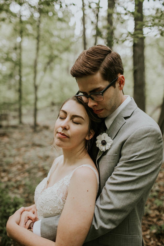 Intimate woodsy wedding ohio wedding photographer grace e jones photography87.jpg