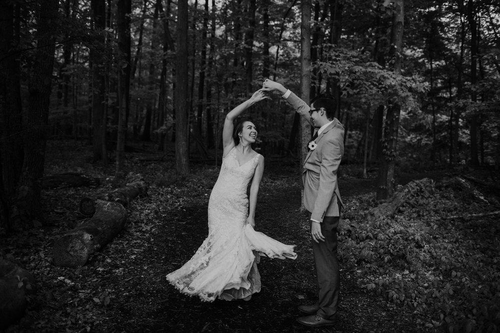 Intimate woodsy wedding ohio wedding photographer grace e jones photography106.jpg