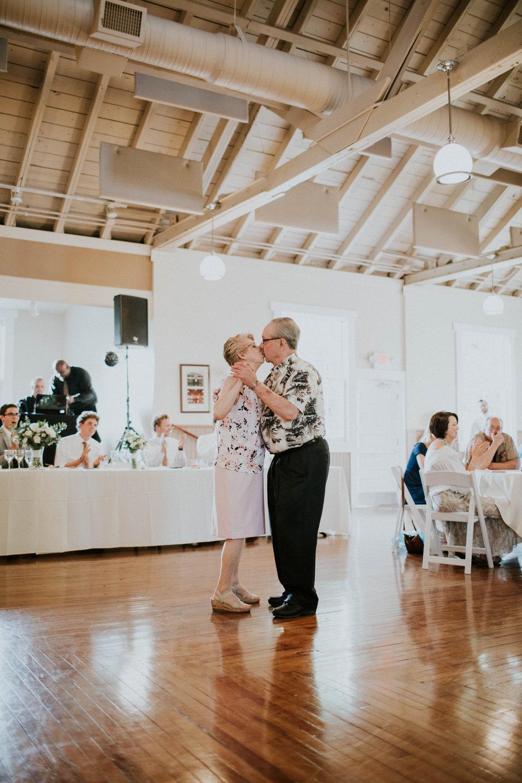 Intimate woodsy wedding ohio wedding photographer grace e jones photography158.jpg