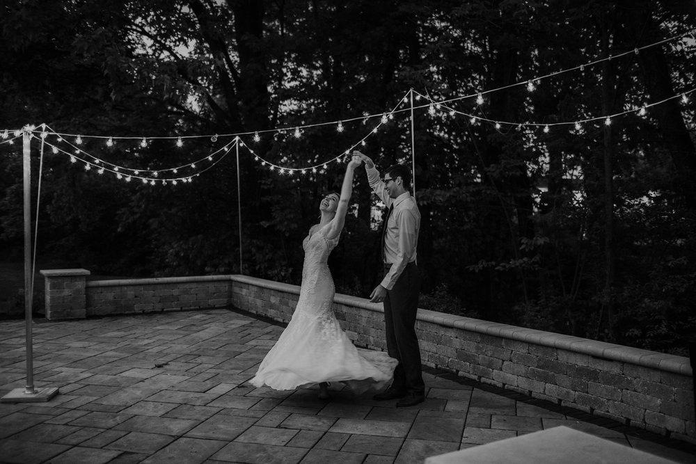Intimate woodsy wedding ohio wedding photographer grace e jones photography121.jpg