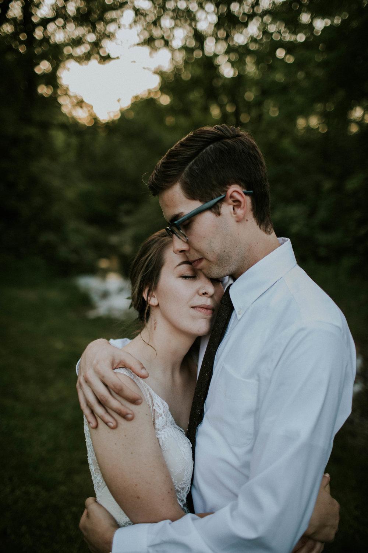 Intimate woodsy wedding ohio wedding photographer grace e jones photography115.jpg
