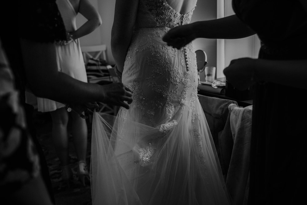Waters edge louisville ohio romantic wedding grace e jones photography9.jpg