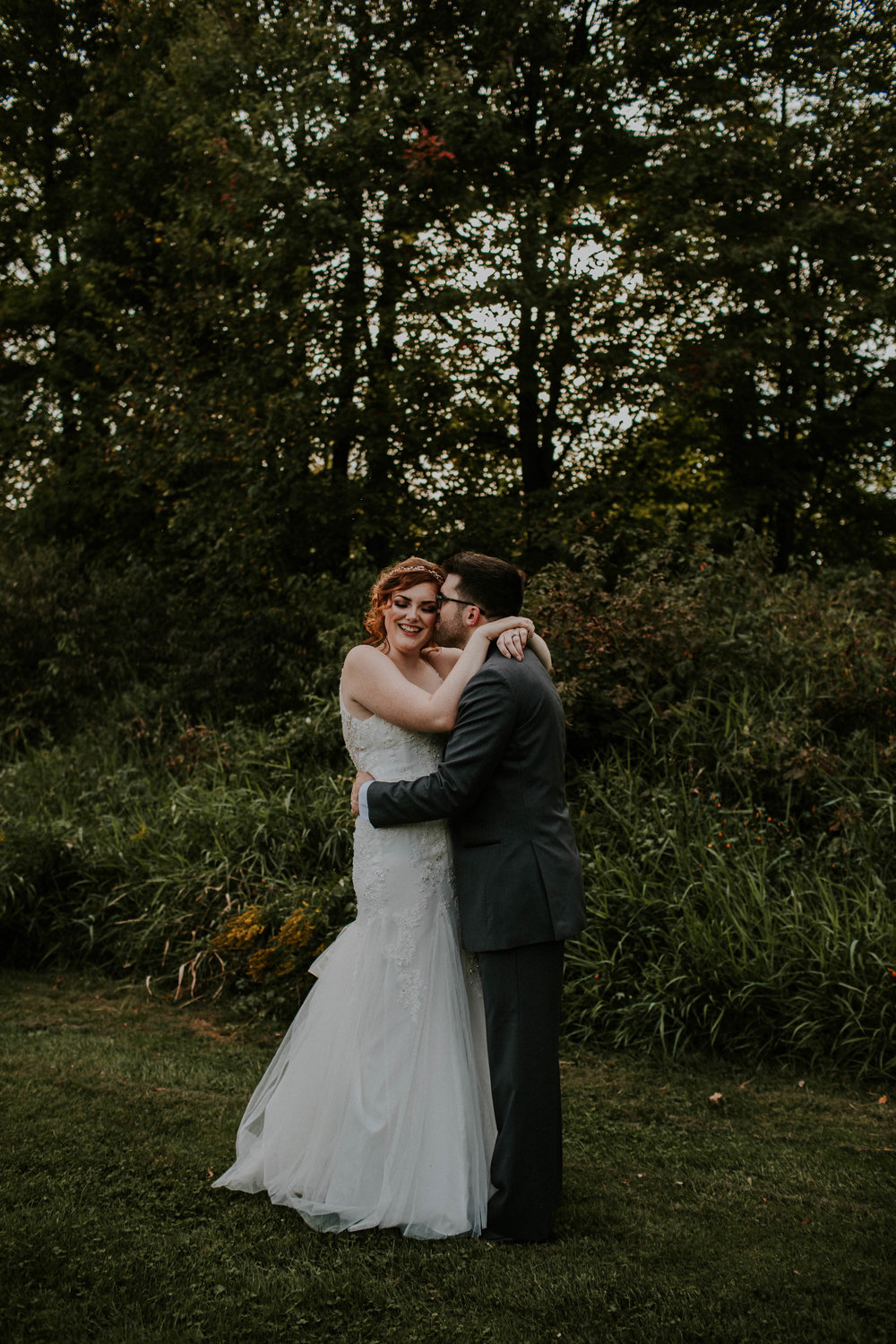 Waters edge louisville ohio romantic wedding grace e jones photography117.jpg