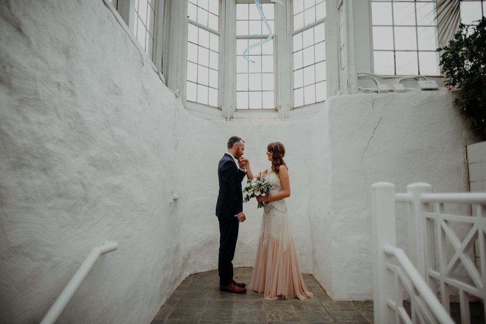 franklin park conservatory wedding columbus ohio wedding photographer grace e jones photography39.jpg
