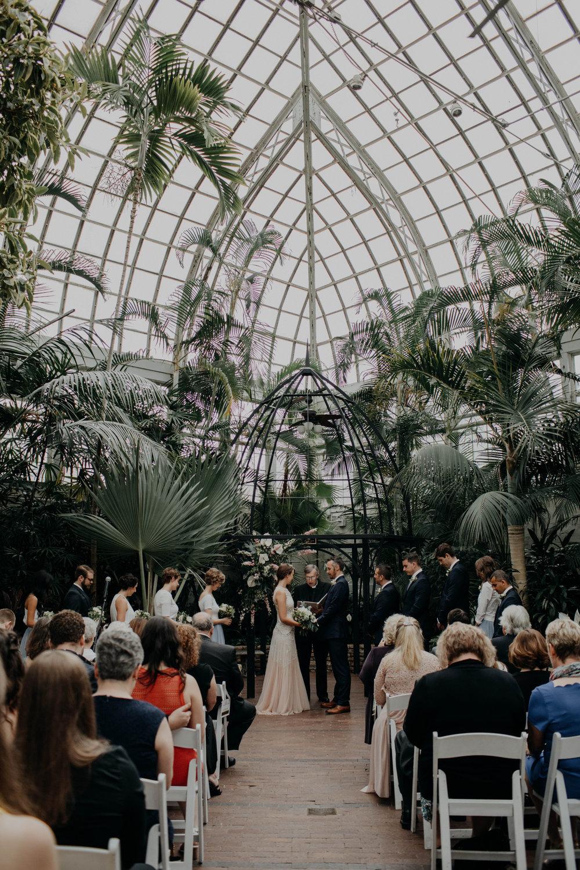 franklin park conservatory wedding columbus ohio wedding photographer grace e jones photography262.jpg