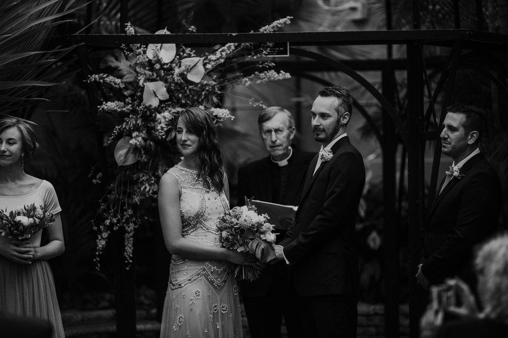 franklin park conservatory wedding columbus ohio wedding photographer grace e jones photography235.jpg