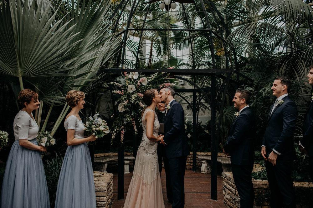 franklin park conservatory wedding columbus ohio wedding photographer grace e jones photography269.jpg