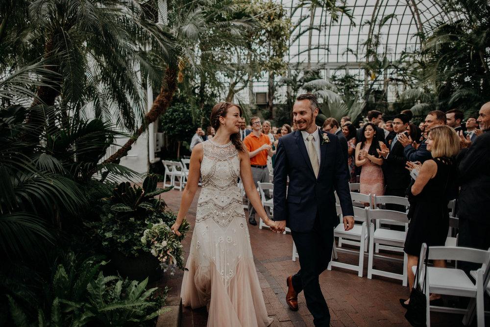 franklin park conservatory wedding columbus ohio wedding photographer grace e jones photography229.jpg