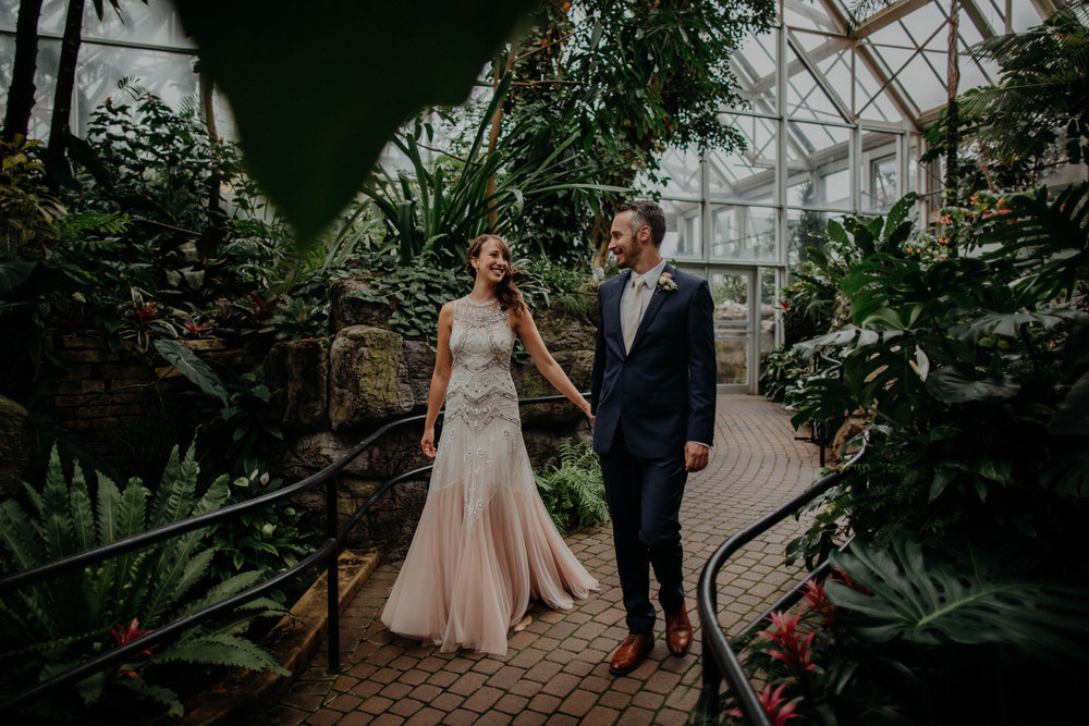 franklin park conservatory wedding columbus ohio wedding photographer grace e jones photography65.jpg