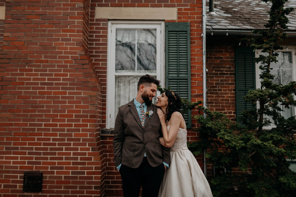 Columbus, Ohio Wedding Photographer Everal Barn At Heritage Park Wedding Venue Grace E Jones Photography189.jpg