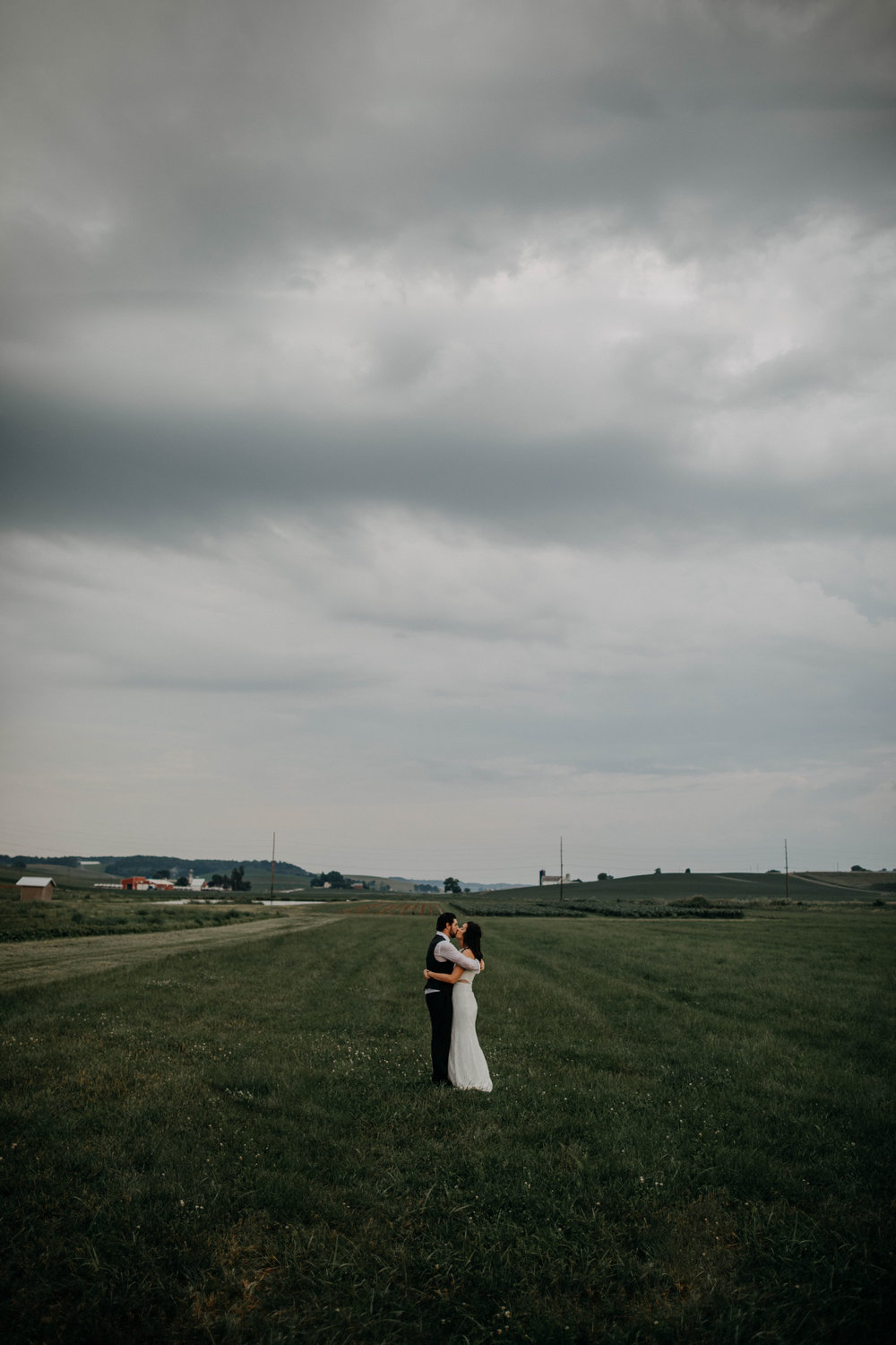 ohio amish country intimate wedding rainy day wedding121.jpg
