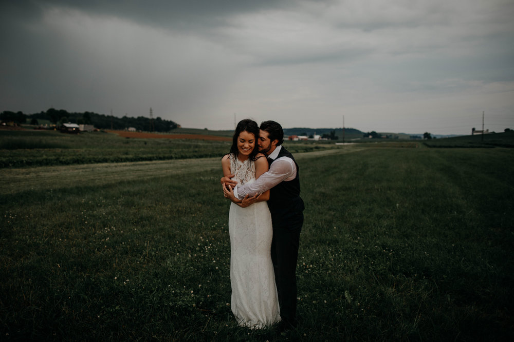ohio amish country intimate wedding rainy day wedding122.jpg
