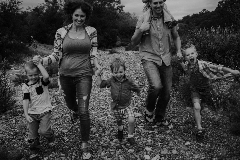 The Quinn Family-EDIT-0090.jpg